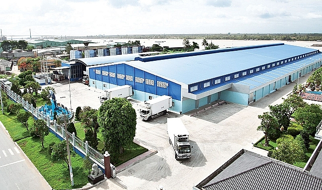The predecessor of Hung Vuong Corporation was Hung Vuong Co., Ltd which was founded and operated in 2003 at My Tho Industrial Park, Tien Giang province.